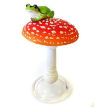 KITAN CLUB Japanese tree frog on mushroom Mini Figure Figurine A4