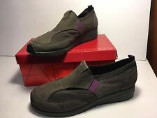 Signature by Aerosoles GRAY 11M OUTLOOK Suede Elastic Wedge Slip-Ons~NEW IN BOX