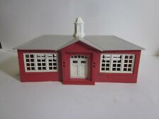 O or S scale Plasticville school house