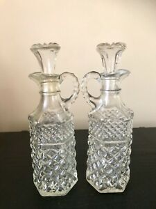 VINTAGE ANCHOR HOCKING WEXFORD PATTERN PRESSED GLASS OIL VINEGAR BOTTLE X 2 PAIR