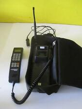 Vintage Motorola Commnet Cellular2000 Portable Phone w/Power Cord Battery&Case