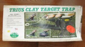 NEW TRIUS CLAY TARGET TRAP 92 ADJUSTABLE DISTANCE ELEVATION SINGLE OR DOUBLE