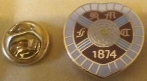 HEART OF MIDLOTHIAN Fc BADGE Tynecastle Park Edinburgh Scottish Premiership HMFC