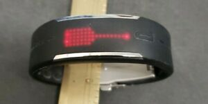Polar Loop Activity Tracker Black Band fits up to 6 7/8 inch Wrist