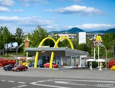 Vollmer kit 47765 NEW N McDonald's fast food restaurant with McDrive
