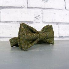Handmade Yorkshire Tweed Bow Tie - Dark Green Birdseye