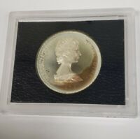 1976 TURKS AND CAICOS ELIZABETH II 20 CROWNS SILVER PROOF COIN WITH TONING