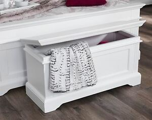 Gainsborough Blanket Box. Solid blanket box, storage. Fully ASSEMBLED