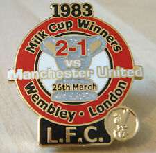 LIVERPOOL v MANCHESTER UNITED Victory Pins 83 MILK CUP FINAL Badge Danbury Mint