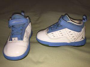 GUC NIKE AIR JORDAN ONE 6 ONE 7 SZ 8C INFANT WHITE CAROLINA BLUE PATENT