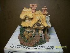 Boyds Bearly-Built Villages - Bailey's Cozy Cottage ( 5E/1745 ) Mint in Box