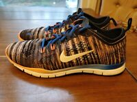 Nike Free TR Fit 4 Flyknit Blue Black Coral Multi Color Womens Size 7.5