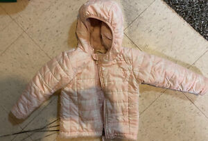 The North Face Reversible Hooded Jacket Size 18-24 Toddler Girls White Pink baby