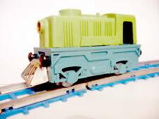 VINTAGE  WIND UP TOY RAILROAD  RAILWAY MECHANICAL TRAIN USSR SOVIET UNION RARE!