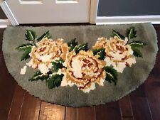 Vintage Handmade Latch Hook Floral Area Rug Finished •BEAUTIFUL• Roses Rug
