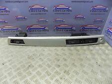 BMW E90 E91 E92 Adorno de panel de control de pasajeros con orificios de ventilación en Satén Plata 9201024 20/9
