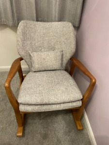 Chamberland Rocking Chair Light Grey Solid Wood