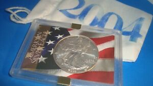 2004 American Silver Eagle 1oz 99.9% SILVER  USA FLAG Design Case & Pouch D19