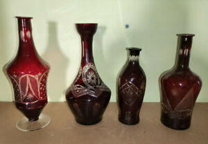 4 schöne Kristallglas Flaschen