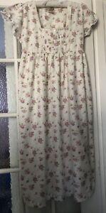 Laura Ashley Nightdress  Pretty Floral 100% Cotton Nightie Nightgown Size M