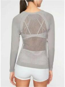 Small Athleta Trophy Long Sleeve Top - Grey Style # 291835002