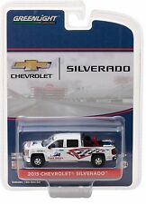 1:64 GreenLight *TRACK SAFETY RESPONSE TEAM* White 2015 Chevy Silverado *NIP!*