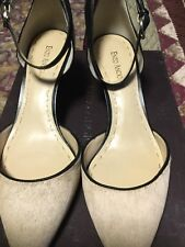 womens shoes size 10M