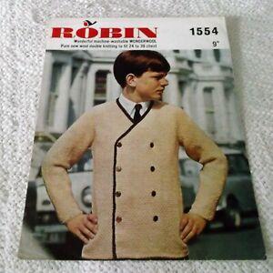 ORIGINAL VINTAGE ROBIN KNITTING  PATTERN , No.1554, REEFER JACKET or CARDIGAN