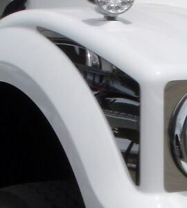 Pair of Side Bonnet trims to suit a Western Star 4900
