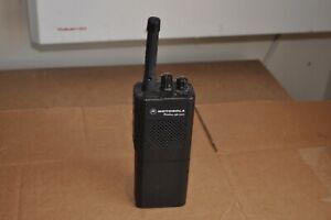 MOTOROLA GP300 RADIUS TWO WAY HANDHELD RADIO
