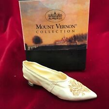 Just the Right Shoe ~ First Lady Slipper ~ Mt. Vernon 2000 Raine by Willitts