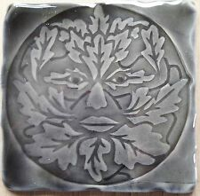 Greenman Diseño en azulejo RC-gris tormenta hecho a mano en Reino Unido