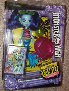 Monster High ° Family Ebbie Blau  ° Schwester von Lagoona Blue °