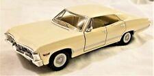 Kinsmart - 1:43 Scale Model 1967 Chevrolet Impala White (BBKT5418DW)