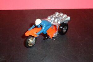 "Vintage 1970s Mattel Hot Wheels ""Roamin' Candle"" RRRumblers Motorcycle W/ Rider"
