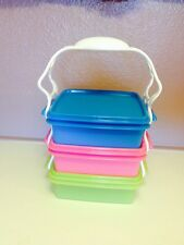 New Tupperware Squared Sandwhich Keeper Box With Carrier