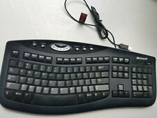Microsoft Comfort Curve USB Wired Keyboard 2000 v1.0. With easy access buttons!