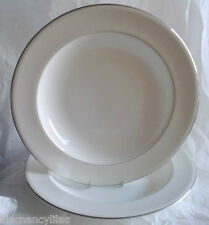 "BN WEDGWOOD VERA WANG ""LOVE KNOTS"" PASTA PLATES / LARGE SOUP BOWLS x 2 (TWO)"