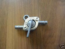 Universal Benzinhahn für viele Kraftstoffsysteme von Motorrad, Quad,…(Ø 6mm)