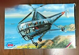 SIKORSKY HO3S-1 HELICOPTER - 1/72 MODEL KIT BY MPM - 72036