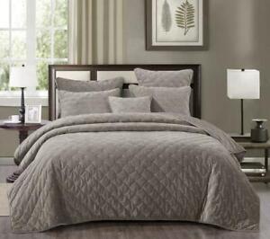Tache Luxury Soft Plush Velvet Sand Beige Diamond Tufted Coverlet Bedspread Set