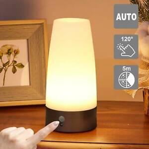 LED Sensor Tischleuchte Nachtlicht Kabellos Lampe mit PIR Bewegungsmelder Neu