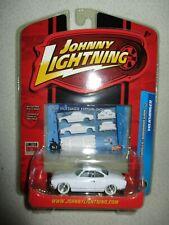 Johnny Lightning 1964 VW Karmann Ghia White Lightning