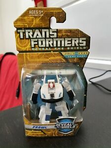Transformers Reveal the Shield (RTS) Legends Class Prowl
