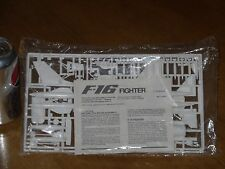 F-16 Jet Fighter, Plastic Fighter Plane Model Kit, Scale 1/72