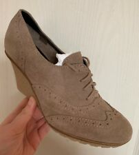 Schuh Sandi Suede Beige Brown Wedge Shoes Boots - BNIB - Size UK 5