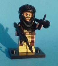 NEW CUSTOM LEGO BATMAN with WEAPONS SOLDIER BAD GUY TERRORIST BRICK WARS KOOL