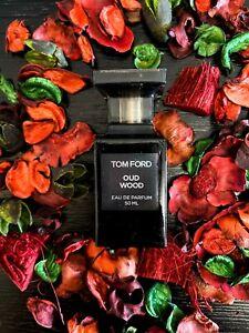 Tom Ford Oud Wood Eau De Parfum 1.7 oz (approx 48.19 g) spray 50 ml unisex new