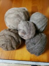 Wool; roving: natural color, natural fiber for spinning or felting, 22ozs.