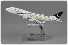 PIA Pakistan BOEING 747 Passenger Airplane Plane Metal Diecast Model Collection